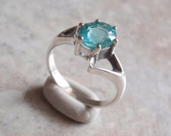 Sterling Apatite Ring Silver Blue Size 7 Vintage Upcycled V0712