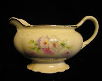 Vintage Homer Laughlin Creamer ( Virginia Rose G 48 N 8)
