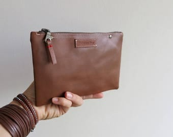 LEATHER PENCIL CASE accessory bag   organise your bag in style   Zipper   Free shipping