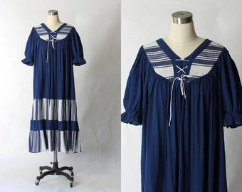 Vintage Gauze Peasant Dress // 1980s Navy Blue Crinkle Cotton Tunic Boho Dress // XL - XXL