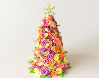 Dollhouse Christmas tree with roses and baubles for half scale dollhouse handmade from polymer clay