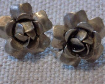 Vintage earrings, flower earrings, sterling earrings,screw back earrings, antique earrings,dimensional earrings