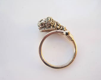 Vintage Lion Silver Ring, Lion Head Ring Made of Sterling Silver Neoclassical Jewelry