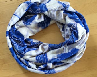 Jersey knit infinity scarf - super soft - white with cobalt blue flowers