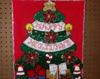 Beautifully decorated handmade felt & sequin Christmas tree wall hanging - ban2