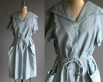 Vintage 1940's Blue and White Striped Seersucker Dress / Americana / Nautical / Sailor / Day Dress / Summer / Women's Large