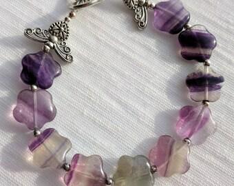 62| Flowers and butterflies fluorite flower bead bracelet