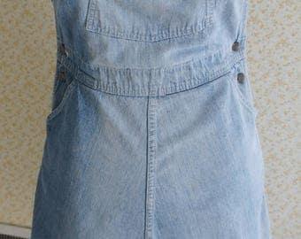 Vintage Oshkosh B'Gosh Women's Bib Overall Jumper 1970s distressed denim Size 10 apprx
