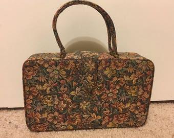 Gorgeous Vintage Palizzio Floral Tapestry Purse