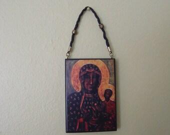 Black Madonna of Częstochowa – Folk Icon