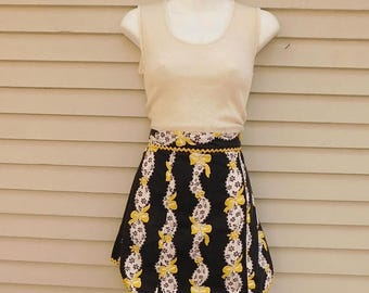 Birthday Sale 50's Black And White Floral Half Apron With Yellow Bows And Ric Rac Trim