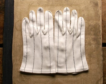 Vintage Ladies White Cotton Gloves with Black Stitching - Wedding Gloves