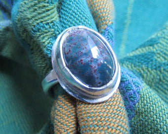 Green & Red Bloodstone Jasper in Argentium Sterling Ring Size 4