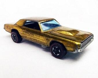 Hot wheels T bird, 67 Hot Wheels, 1967 Redlines, Gold T bird, Sweet Sixteens, Die Cast cars, Collectible Toy Car, Toy Car