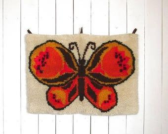 Butterfly Wall Hanging - Retro Latch Rug - 1960s Vintage Decor