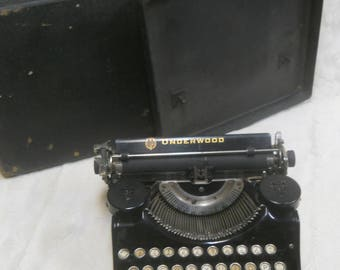 Vintage 1927 Underwood Typewriter with Carrying Case--Glass (?) Keys-For Parts or Repair