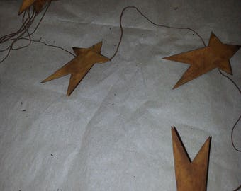 "3"" tall Rusty Star garland, 5'-6' long, Rusted, Primitive, New, 9 Stars"