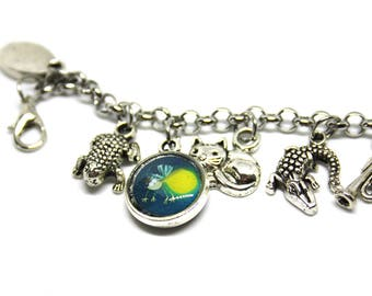Bracelet with resin pendants * the Princess and the frog *