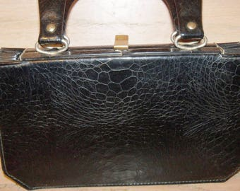 Black Verdi Handbag Top Handle Purse Made in USA Accordion Bottom Gift Guide Women 1940s 1950s