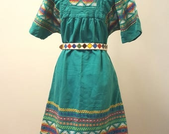 Vintage 1960s 70s Guatemalan Woven Ikat Dress Green Cotton Pockets Small