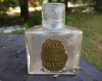 Antique 1800s to 1900s Clear Bottle Lavener Smelling Salts Phila. Partial Label Victorian Era Small K.P. Co.