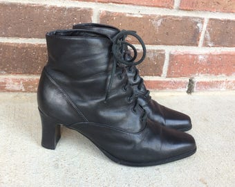vtg 80s black LACE UP ankle Granny BOOTS boho 8 heels sleek leather preppy booties grunge Victorian brogues riding shoes