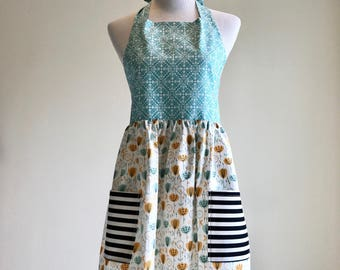 Apron/Kitchen Wear/Bridesmaid Gift/Hostess Gift/ Size Small/On Clearance