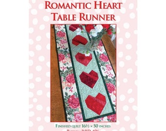 Quilt Pattern, Heart Table Runner Pattern, Applique Pattern , Paper Pieced Pattern, Wall Hanging, Valentine Pattern, Table Top, PATTERN ONLY