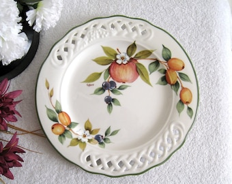 Brunelli 10 5/8 Dinner Plate, Fruit, Berries, Blossoms, Signed TIFFANY, Pierced Lattice Rim, Made In Italy, Italian China