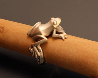 frog ring, silver