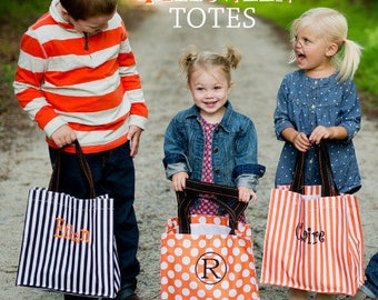 Monogrammed Halloween bag / Kids Trick or Treat bag / Personalized Kids Halloween tote