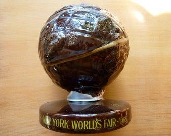 1964-1965, New York, World's Fair, Ceramic, UNISPHERE, Coin Bank, Piggy Bank