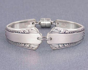 Silverware Bracelet - Spoon Jewelry - Treasure 1940 Spoon Bracelet