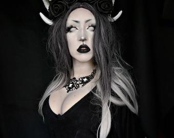 Gothic crown horn