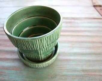 Green Basketweave McCoy Flower Pot, Succulent Planter, Vintage USA Planter, Green decor, Indoor Garden, Vintage McCoy, McCoy Planter