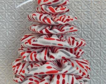 Red & Silver Dash on White Yo Yo Tree Ornament