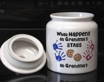 Ceramic Cookie Jar What Happens at Grandma's ... Great Gift Item