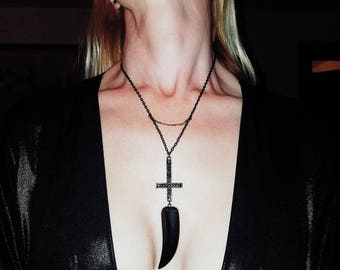 Fang Of Lucifer: Onyx Fang Inverted Cross Necklace