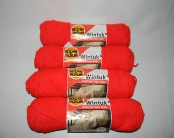 4 Vintage Red Wintuk Worsted 4-ply  3.5 oz 100% Orlon-Acrylic Yarn Knitting Skeins