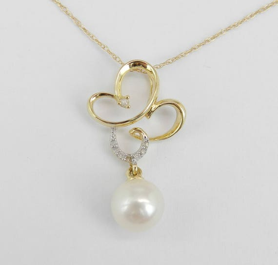 14K Yellow Gold Diamond and Pearl Drop Pendant Butterfly Necklace with Chain 18""