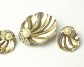 Sterling Silver Rhinestone Simulated Pearls 1930s Vintage Fur Dress Clip Earrings Rare Set Signed Boucher Gift For Her on Etsy