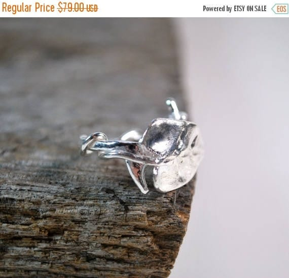 ON SALE Twig Ring - Sterling Silver - Branch Ring with Leaf - Womens Ring - Boho Ring