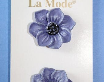 15% OFF - La Mode Hand Painted Purple Anemone Flower Button Shank Attachment 3D Design 1 in (25mm)