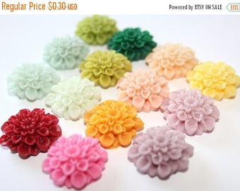 15% OFF - Resin Flower Cabochons - Chrysanthemum Mum - 22mm Cameo Flat Back