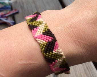 Pink and green zig zag friendship bracelet
