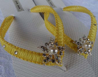 Canary Yellow Macrame Flip Flops / Wedding Pearl Starfish Rhinestone / Bachelorette Party / Beach Wedding Shoes ?  Bridesmaids Sandals .