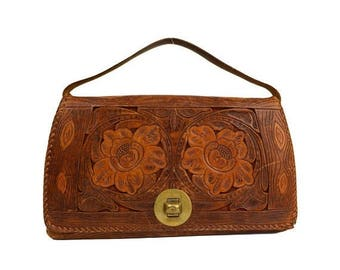 50% OFF 1940's Tooled Leather Purse Decorated with Rose Flowers, Wood Grain Bark Motif, Multi-Pocket, Vintage Mexico
