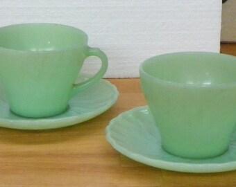 Vintage Anchor Hocking SWIRL TEACUPS Tea Cups Saucers dish glass Jadeite Jadite
