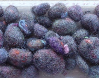 Hope Jacare - Pebble -  approx 40g of felted pebbles Mix of sizes  - Peb21
