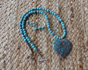19 Inch Turquoise and Gray Nipono Coral Heart Beaded Necklace with Earrings
